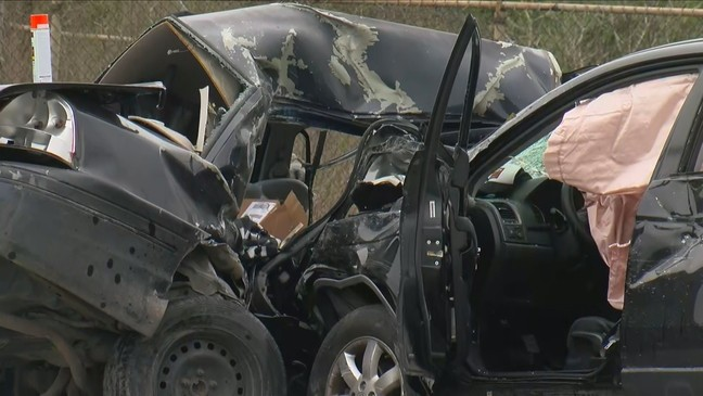 ATCEMS: Two-vehicle crash in NW Austin leaves one dead | KEYE