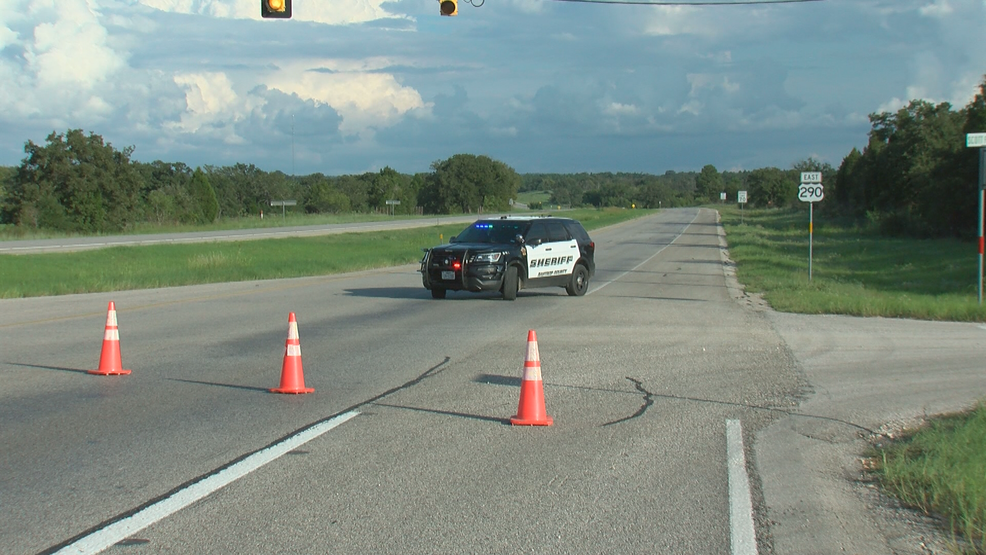 Fatal crash shuts down Hwy 290 east of Elgin | KEYE
