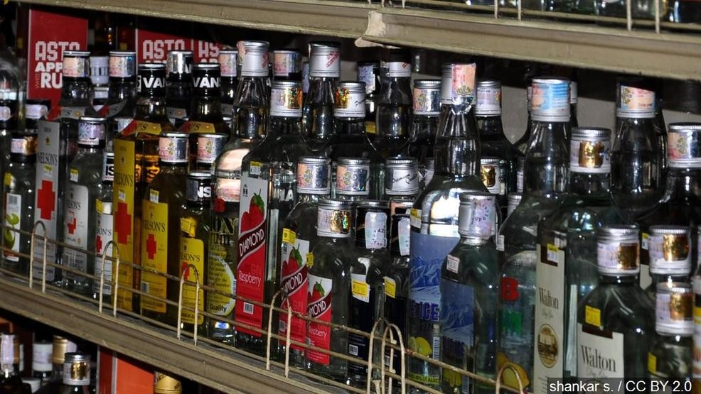 New legislation would allow Texas liquor stores to open on